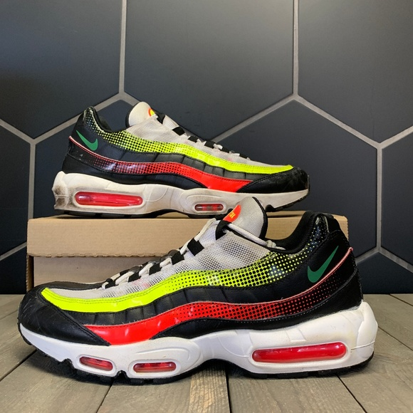 Used Nike Air Max 95 Se Neon Collection